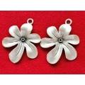 Pandantiv zamac argintat floare ing