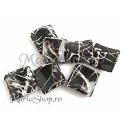 Margele acrilice negre patrate 3b