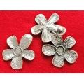 Pandantiv zamac argintat floare 50mm